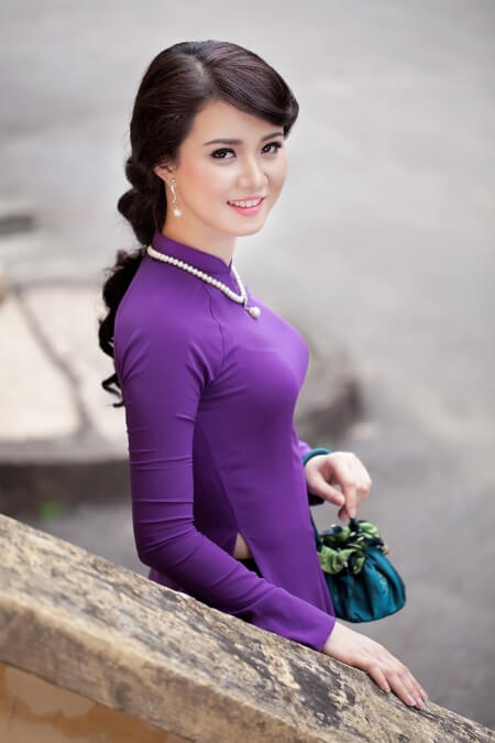 co-nen-may-ao-dai-cuoi-mau-tim-4